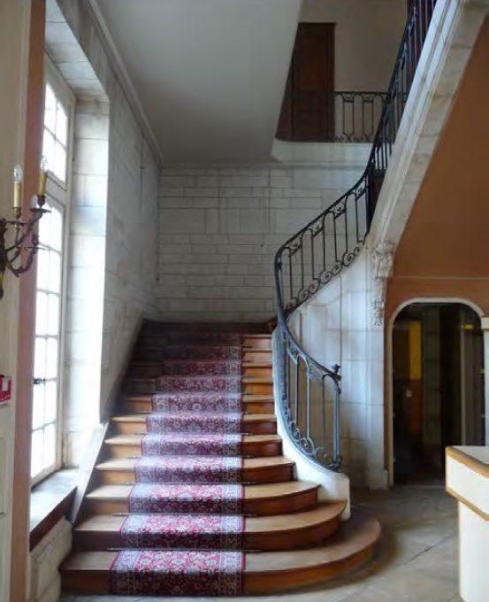 escalier-hotel-camusat